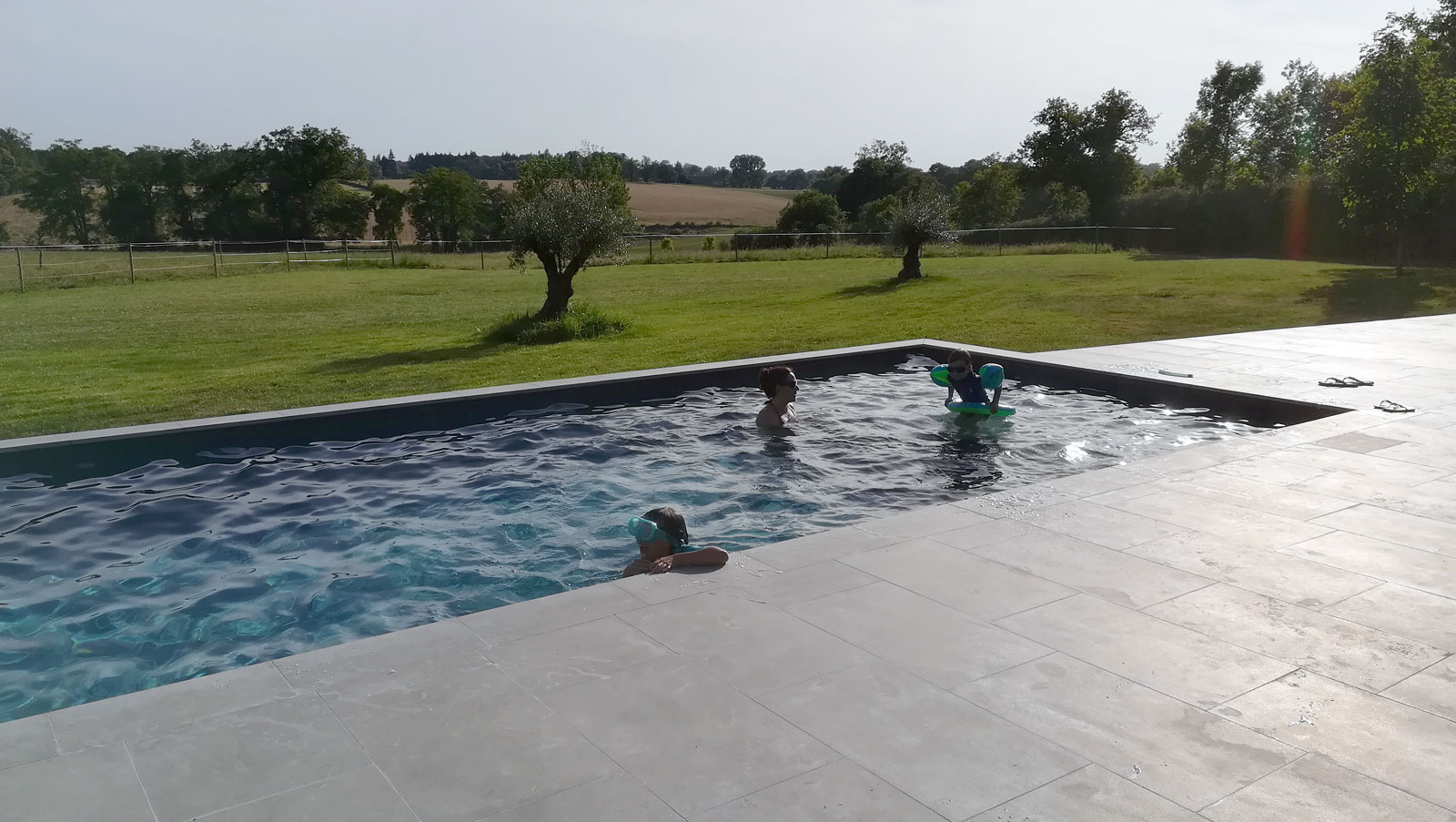 Installation de piscine sur-mesure